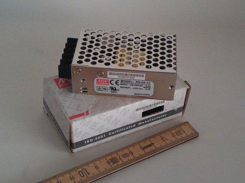 Mean Well Schaltnetzteil 12 Volt 2,1 Ampere