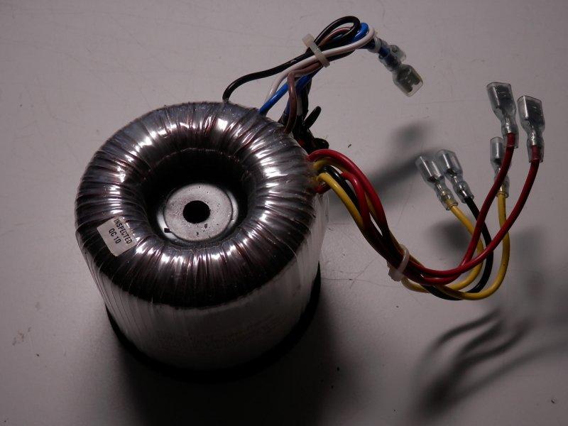 Ringkerntrafo   58-27,5-0-27,5-58 Volt  2,3-2,7 Amp.